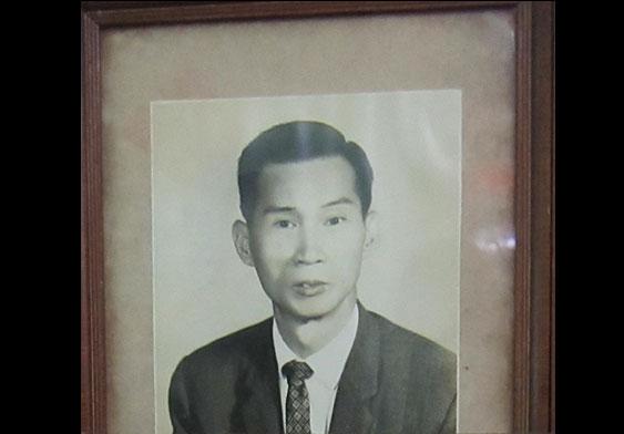 吳志榮父親