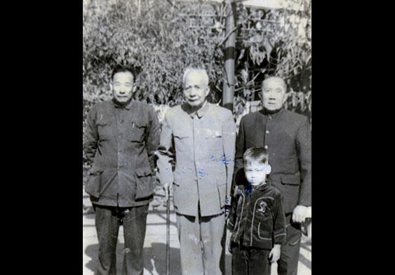 活躍於廣州的衙前圍村民